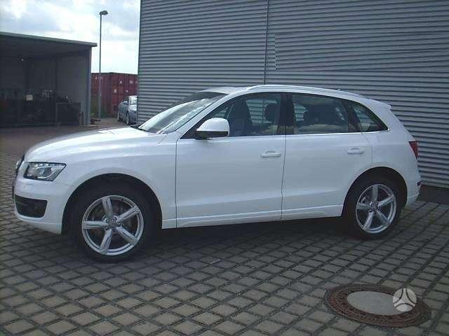 Audi Q5 dalimis. Prekiaujame naujomis originaliomis detalemis,