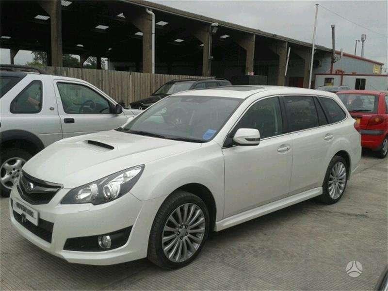 Subaru Legacy dalimis. Is anglijos,dvd video, xenon, juodas