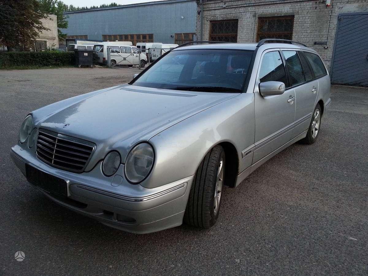 Mercedes-Benz E220 dalimis. Avangarde