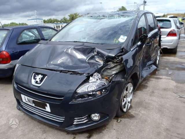 Peugeot 5008. Angliskas automobilis išsiunčiam auto detales į