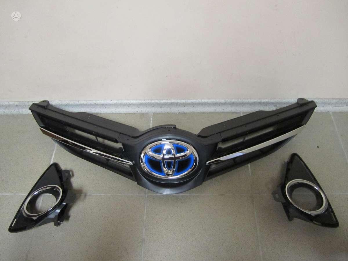 Toyota Auris. Naudotos ir naujos japoniškų ir korėjietiškų