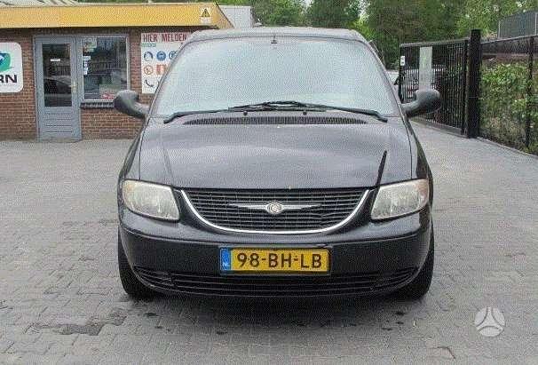 Chrysler Voyager. Amerikietisku automobiliu naudotos dalys ir