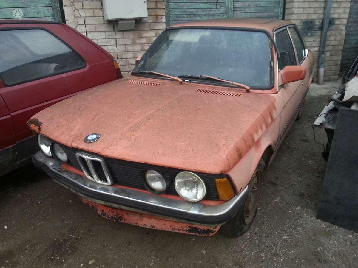 BMW 318 dalimis. Www. autolauzynas. lt prekyba naujomis ir