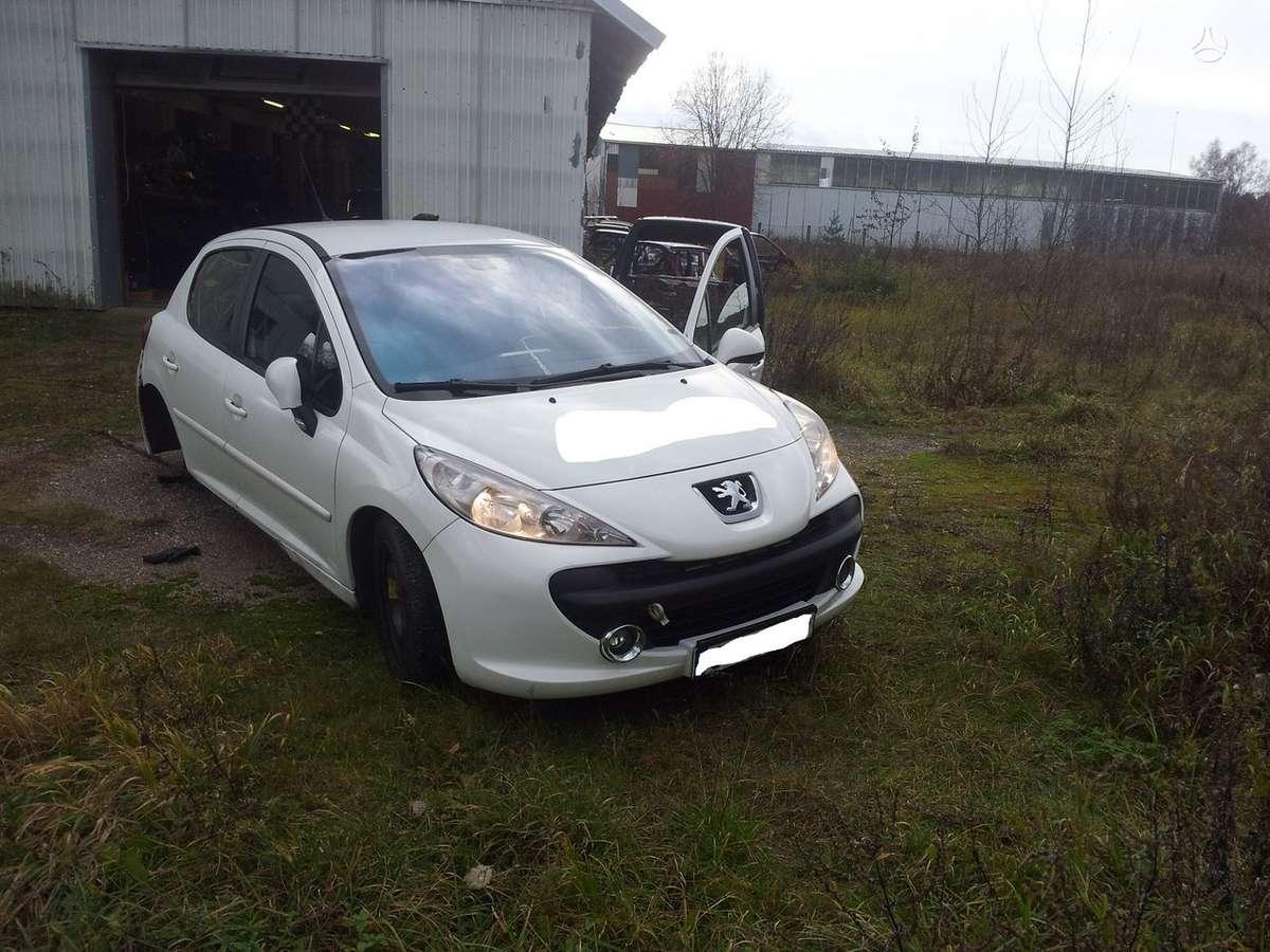 Peugeot 207. Europa  galimas detalių persiuntimas į kitus