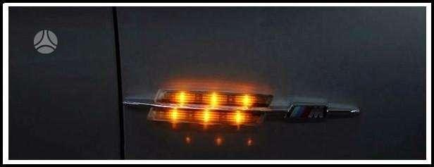 BMW M5. Parduodamos naujos tuning dalys. priekiniu sparnu m