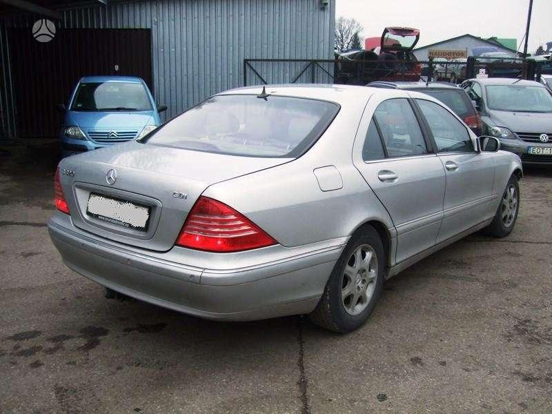 Mercedes-Benz S klasė. Dalimis 320 cdi dar turime 3.2 benza ir