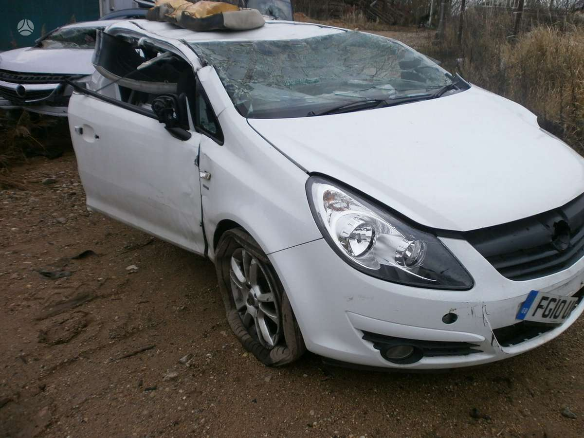 Opel Corsa dalimis. Automobiliu dalys - opel corsa 2010 1.3l