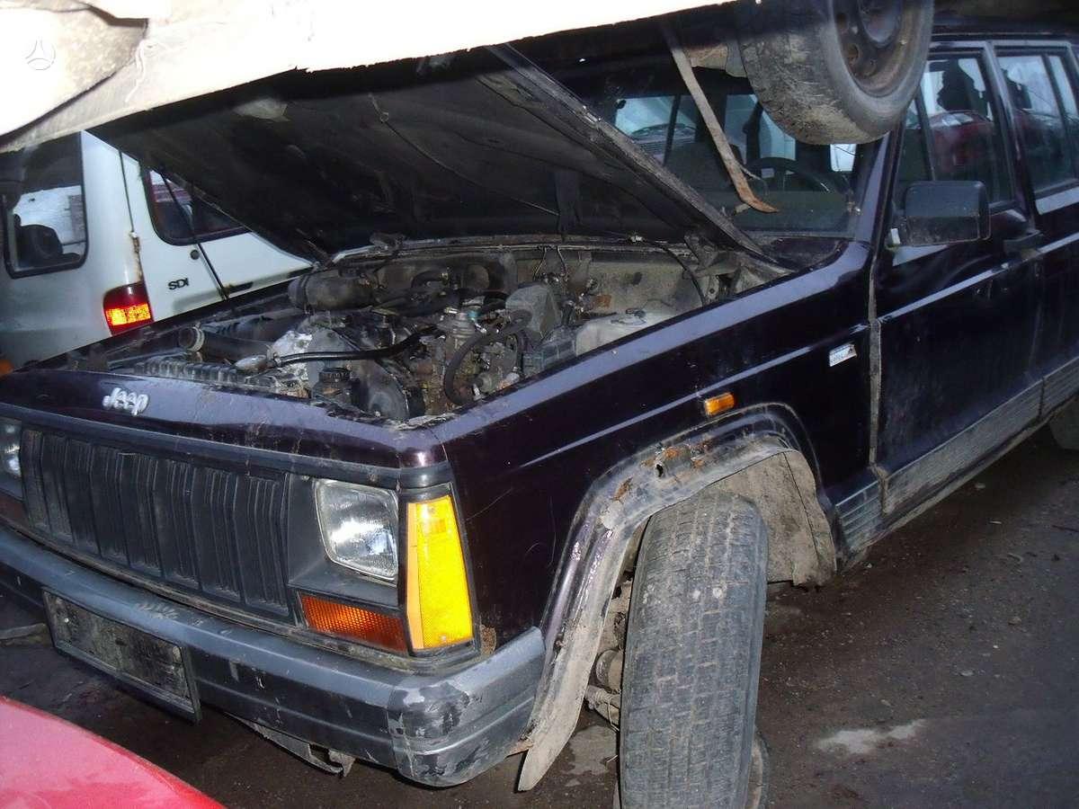 Jeep Cherokee. 2,1 td+dar vienas