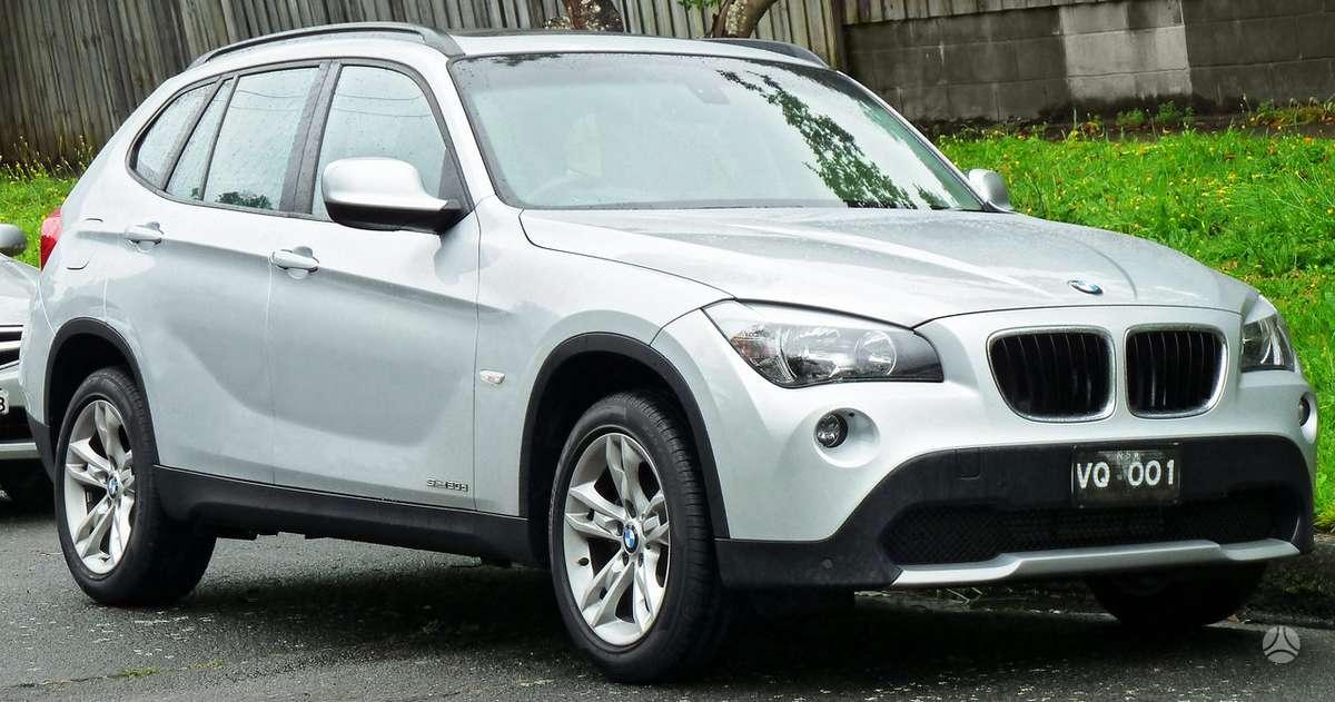 BMW X1. Naujų originalių automobilių detalių užsakymai