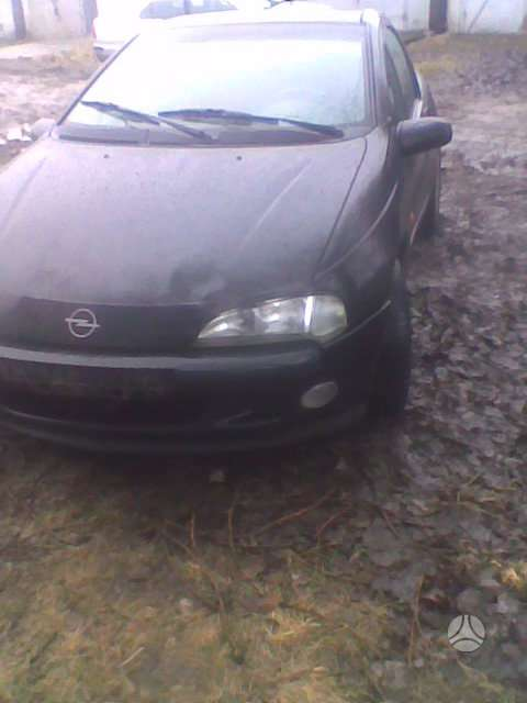 Opel Tigra. El langai ,el. veidrodziai , abs , yra dar viena
