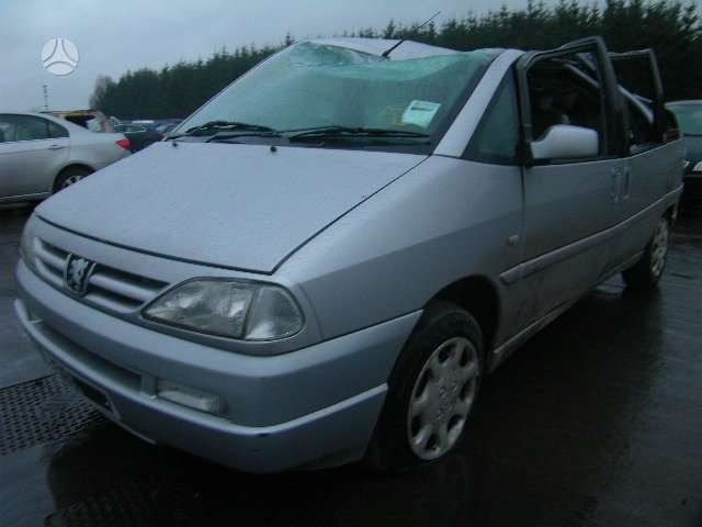 Peugeot 806 dalimis. Turime ivairiu prancuzisku automobiliu