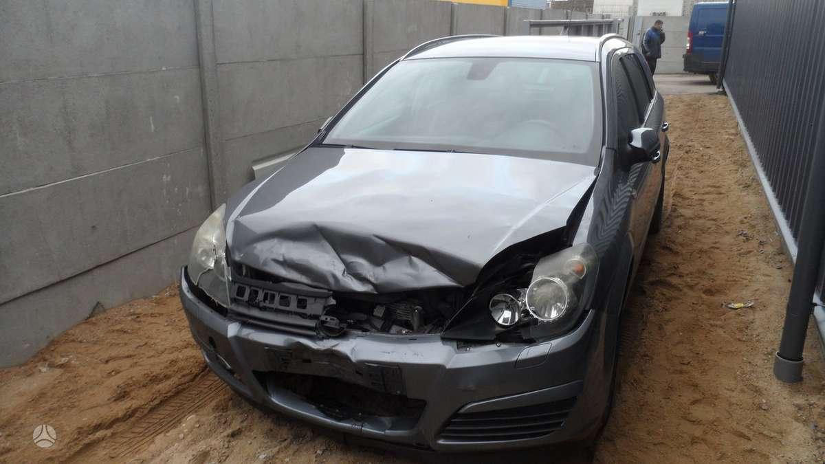 Opel Astra dalimis. Naudotos dalys