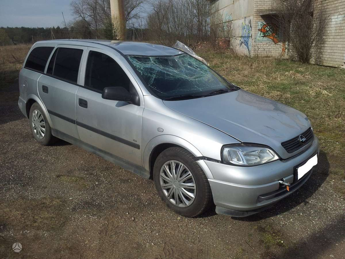 Opel Astra. Z17dtl 59kw -variklis parduotas   182000km. tel 8 5