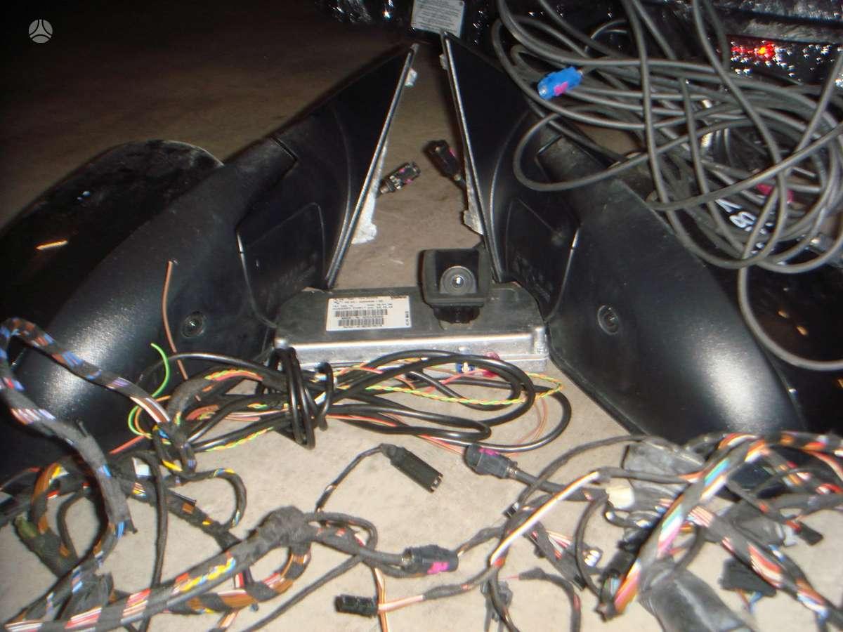 BMW X5 dalimis. 3-ju kameru komplektas su veidrodziais (eu)