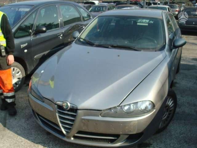 Alfa Romeo 147. Europa galimas detalių persiuntimas į kitus