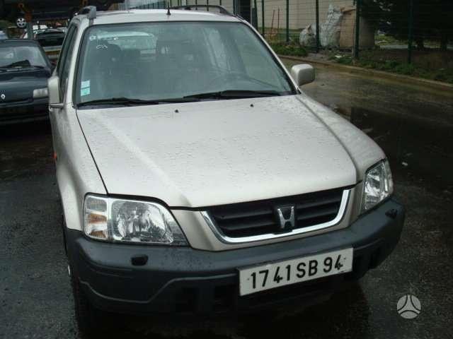 Honda CR-V. Tel 8 5 2436774 8 699 30626 8 650 38686