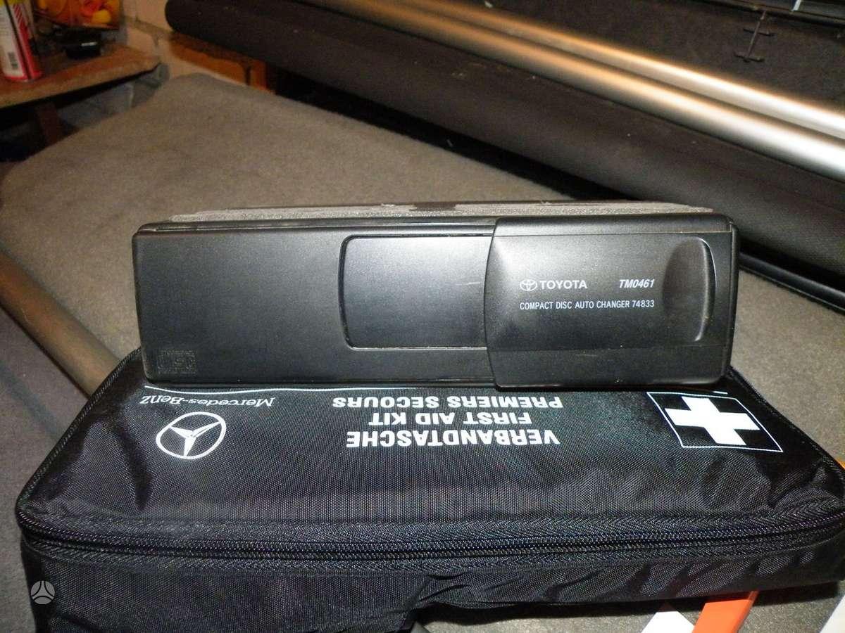 Panasonic, TOYOTA, cd keitiklis