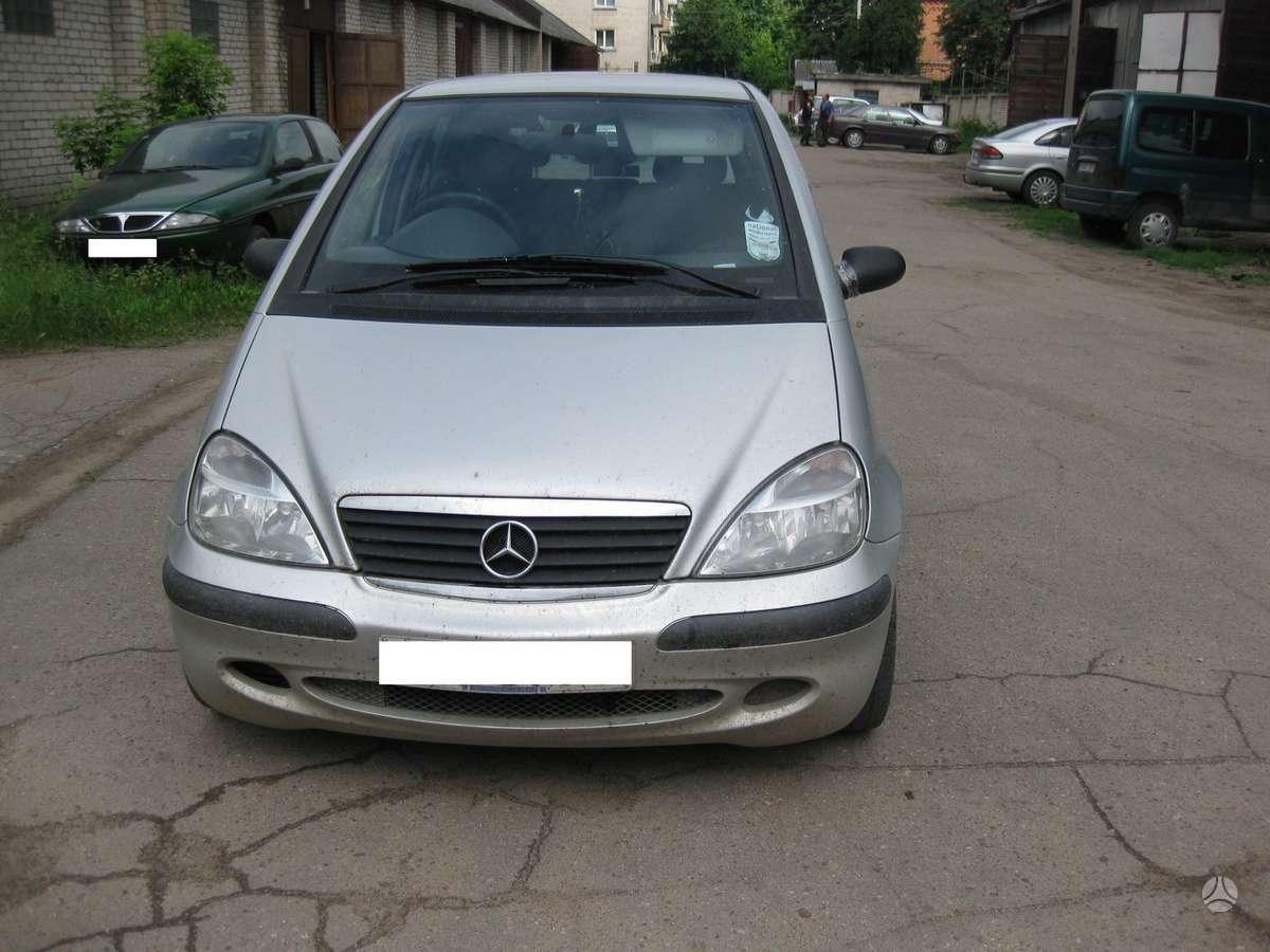 Mercedes-Benz A170 dalimis. Superkame automobilius su defektais,
