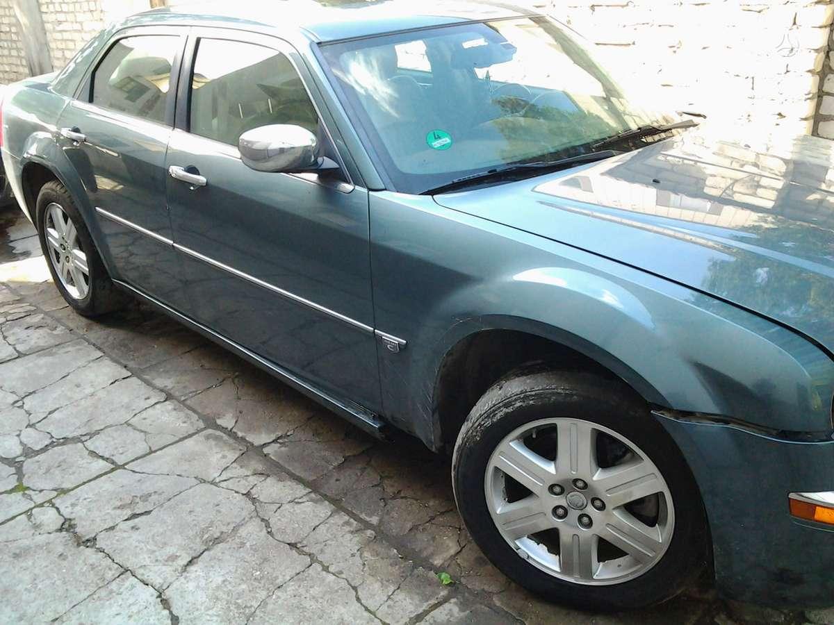 Chrysler 300C. 4x4  dostavka v latviju (liepaja) v belarusiju