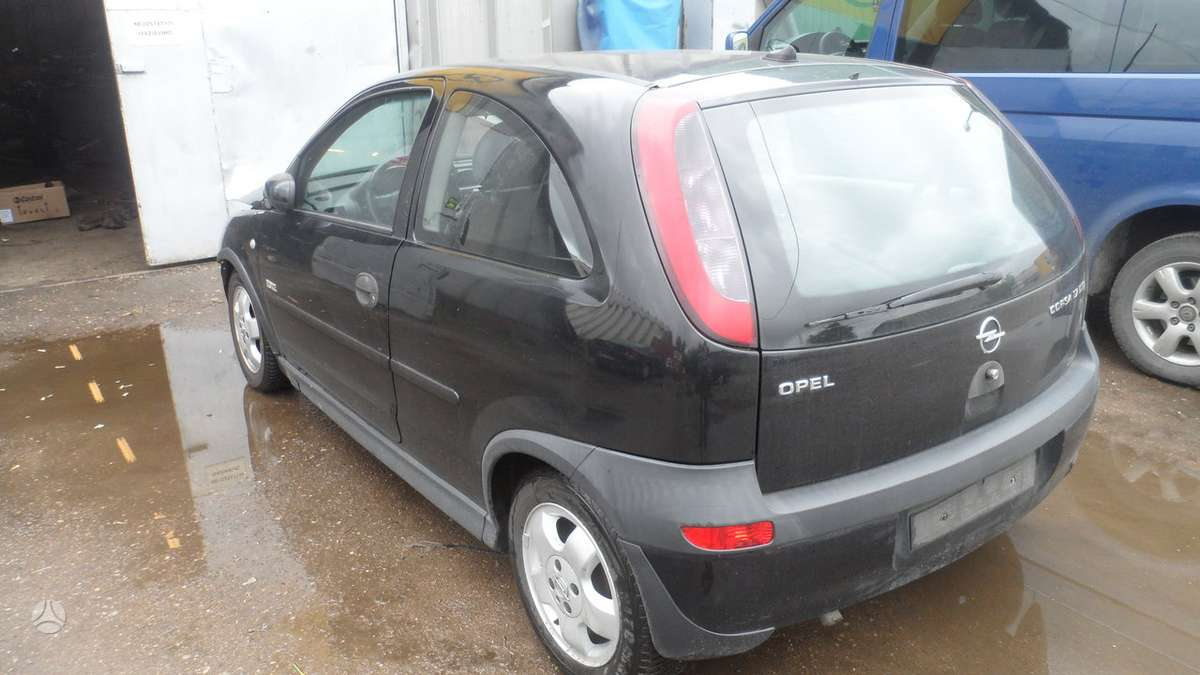 Opel Corsa dalimis. Supekam automobilius naudotos dalys