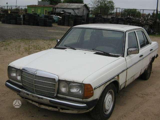 Mercedes-Benz 123. Variklis ir gr.deze dirba gerai.uab augenera,