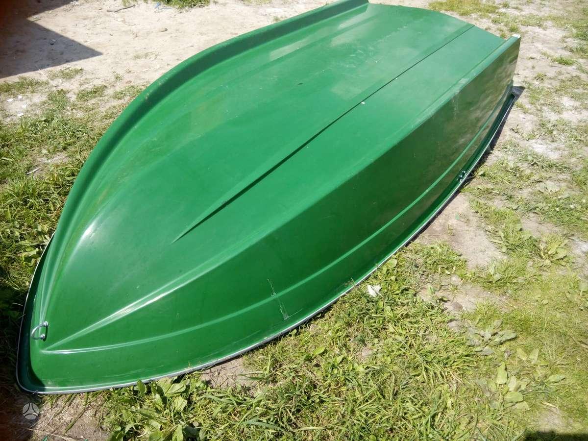 Autoplast Valtis trimarano tipo, plastikinės valtys