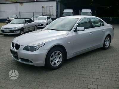 BMW 5 serija dalimis