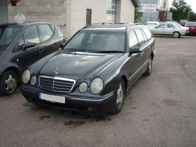 Mercedes-Benz E220 dalimis