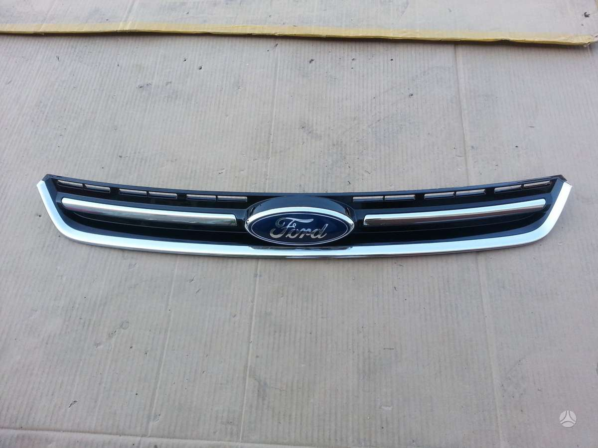 Ford Kuga. Kapotas žibintas l xenon buferis halogenas l +r