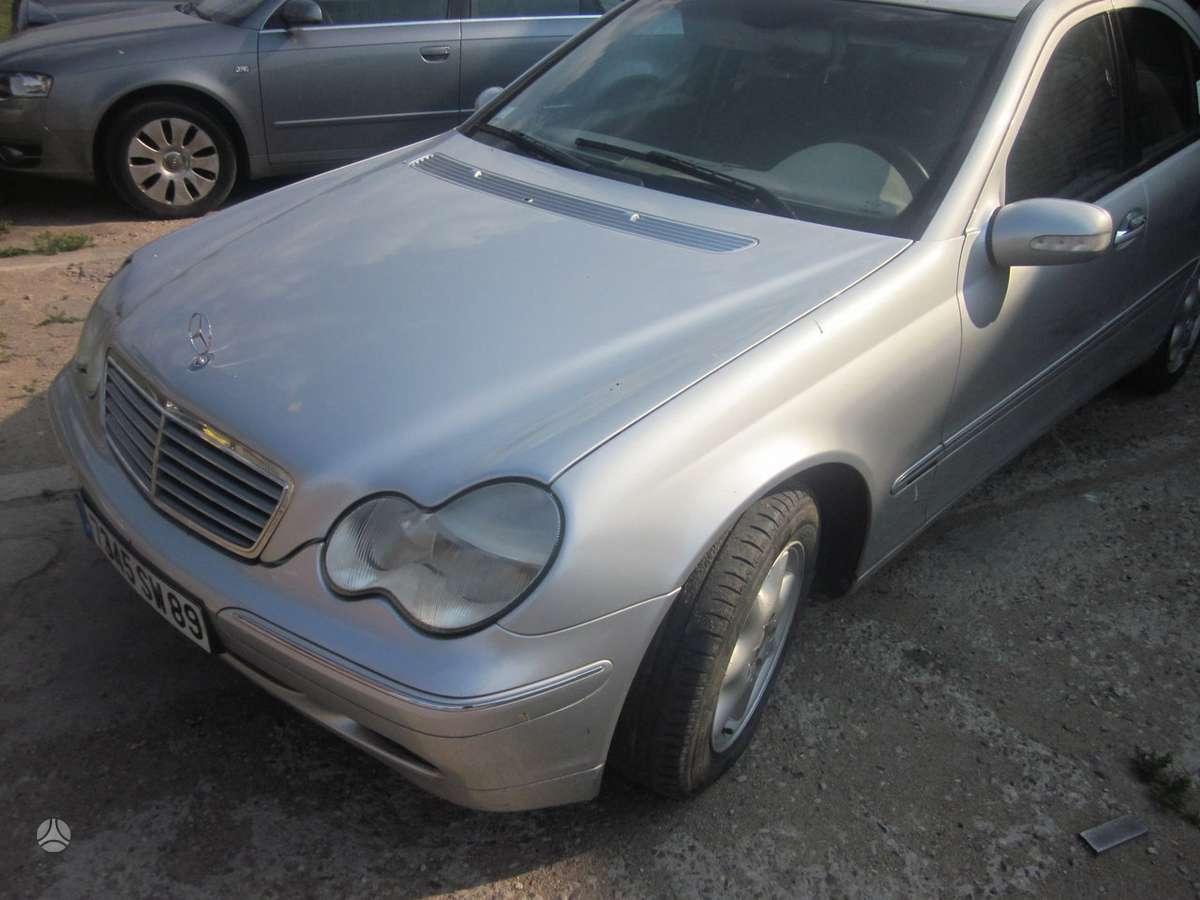 Mercedes-Benz C klasė. yra daugiau ardomu auto galimas