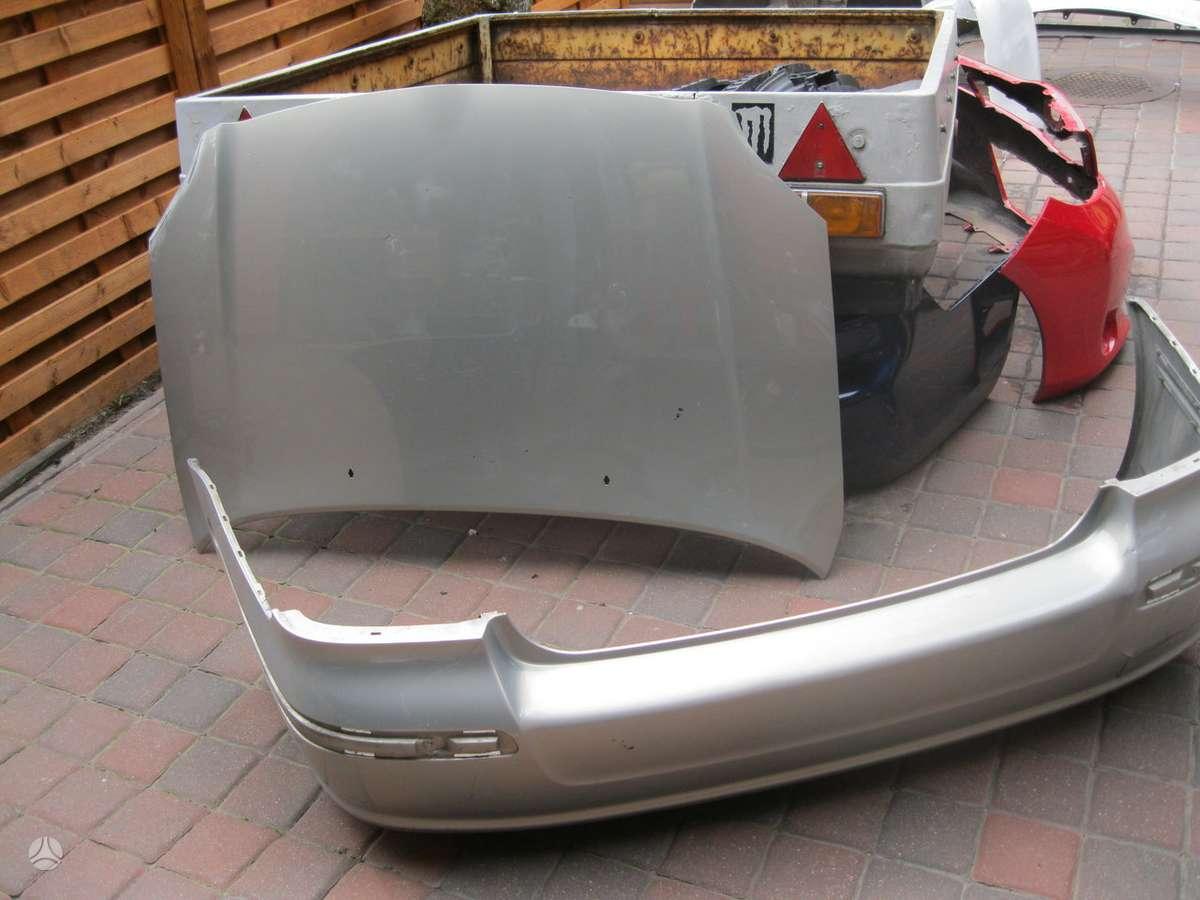 Toyota Avensis dangtis (priekinis, galinis), bamperiai, žibintai