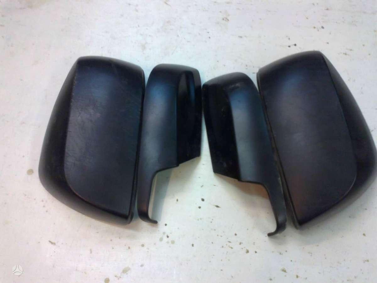 Subaru Forester. Subaru forester veidrodėlių dangteliai.