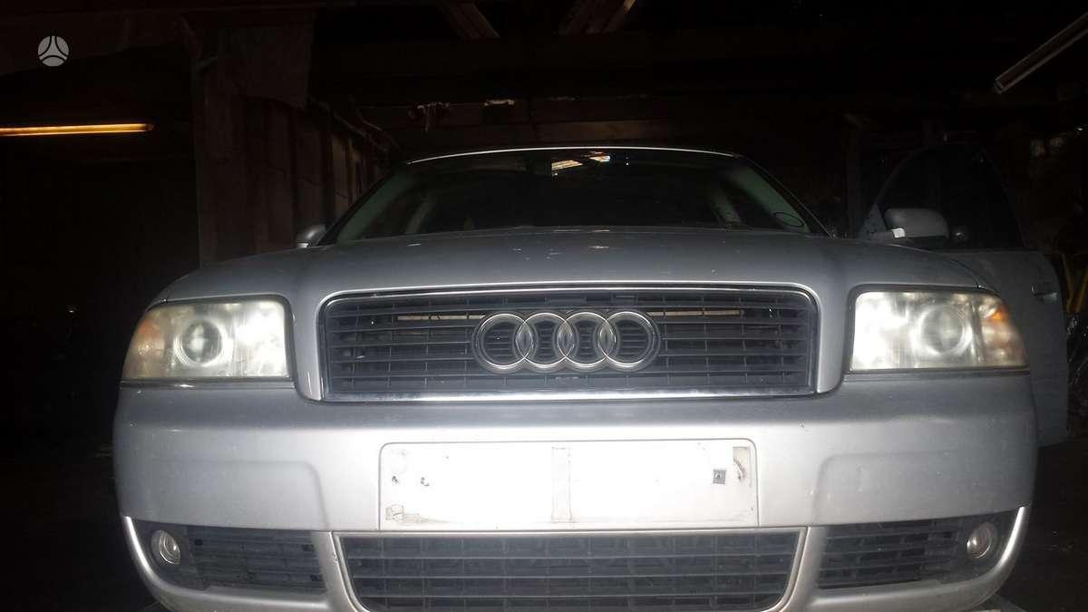 Audi A6. Masina dalimis.oda.
