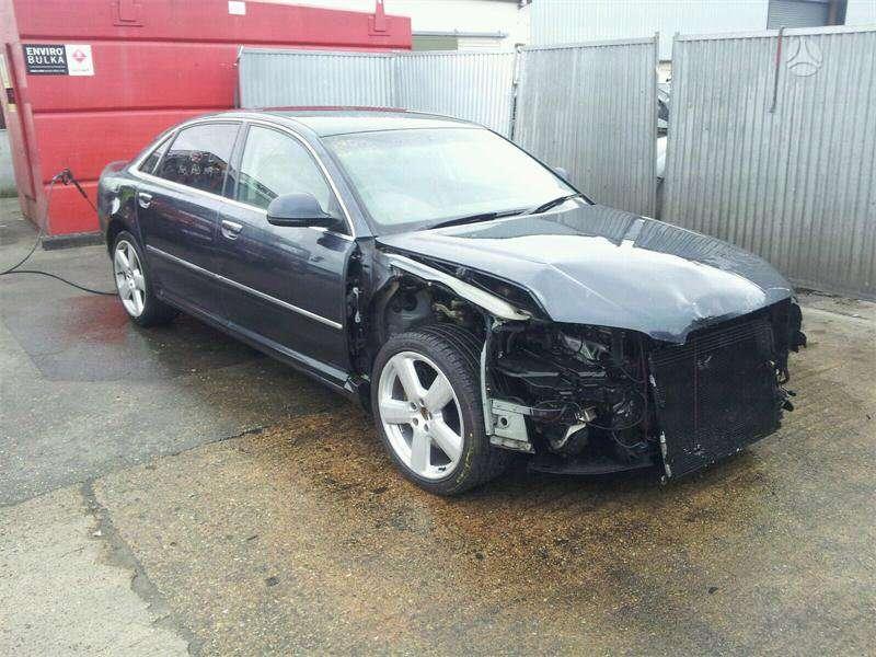Audi A8 dalimis. Long galiniu  žibintu nera !!!!!!!!!!!!!!!!!!!!