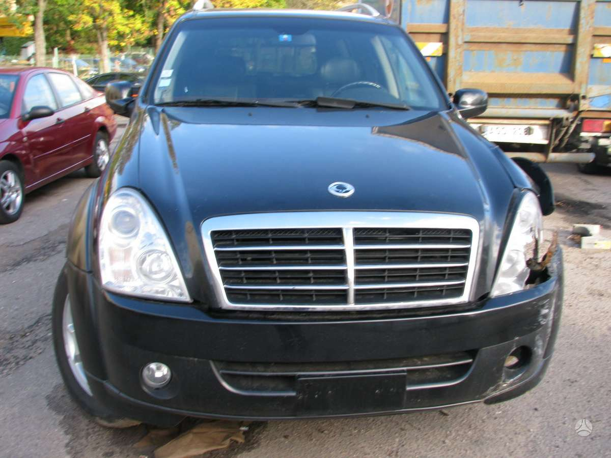 SsangYong Rexton dalimis. Is prancuzijos, srs, abs, odinis