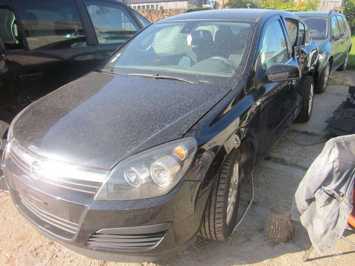 Opel Astra. Yra daugiau ardomu auto galimas pristatymas 130000