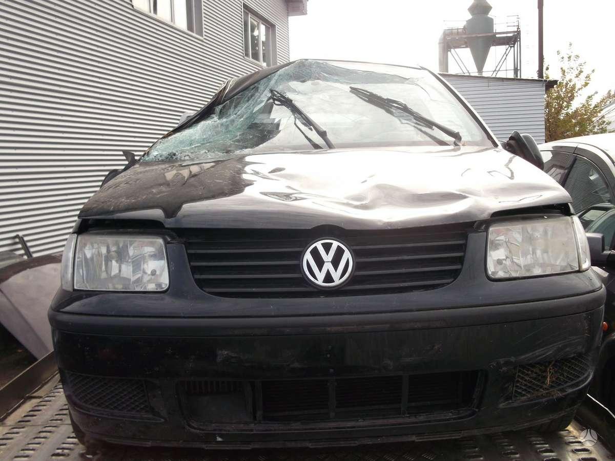 Volkswagen Polo dalimis. Volksvagen polo 01m. 1.4tdi 55kw,,