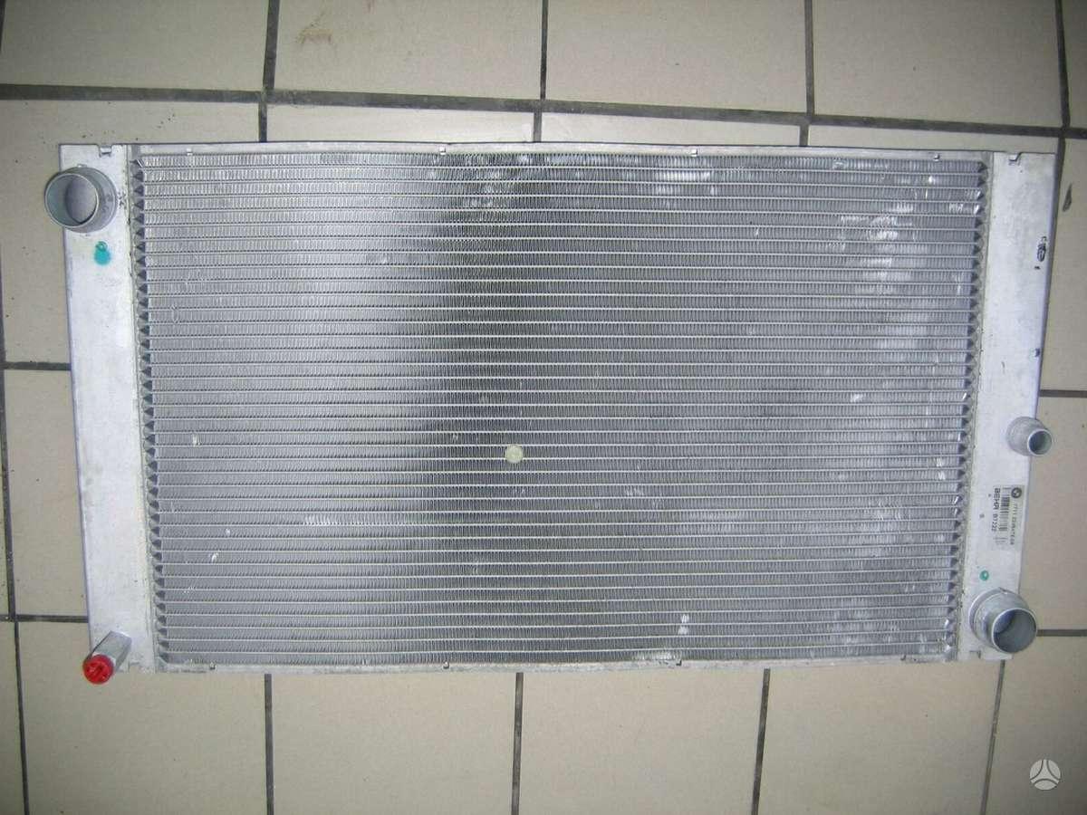 BMW 5 serija kondicionieriaus radiatorius, vandens radiatorius
