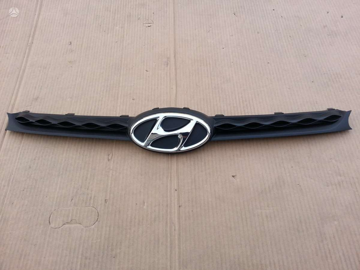 Hyundai i10. Grotelė žibintas l+r halogenas l ledas l+r
