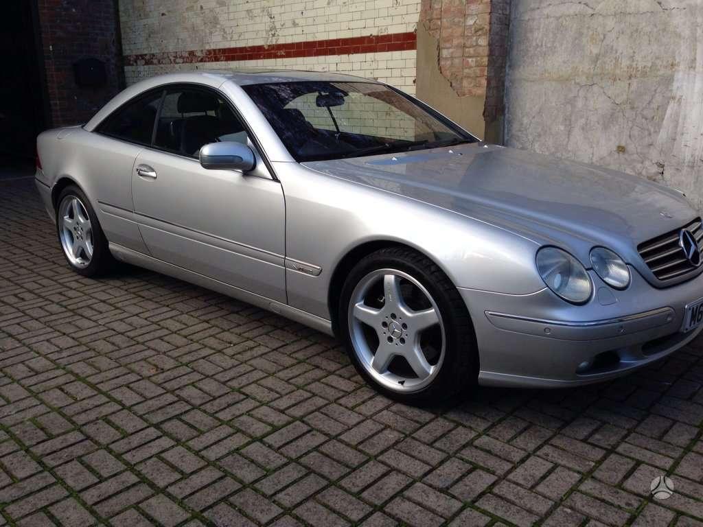 Mercedes-Benz CL600. Masina dalimis.