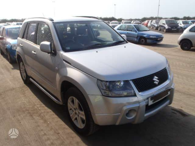 Suzuki Grand Vitara. Is anglijos..ratai r16,r17,r18