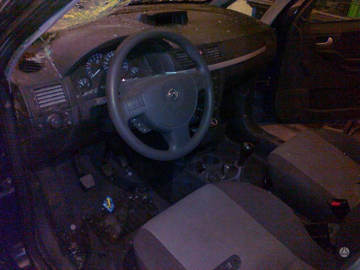 Opel Meriva. 1.6  8v. l. geras variklis.