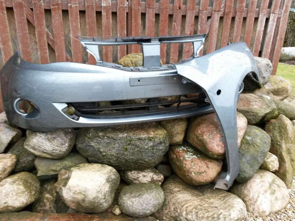 Subaru Impreza. Pr.žibintai xenon ir paprasti, sparnai, buferiai,