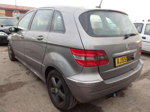 Mercedes-Benz B200. Automatas, parkavimo sistema, odinis salonas,