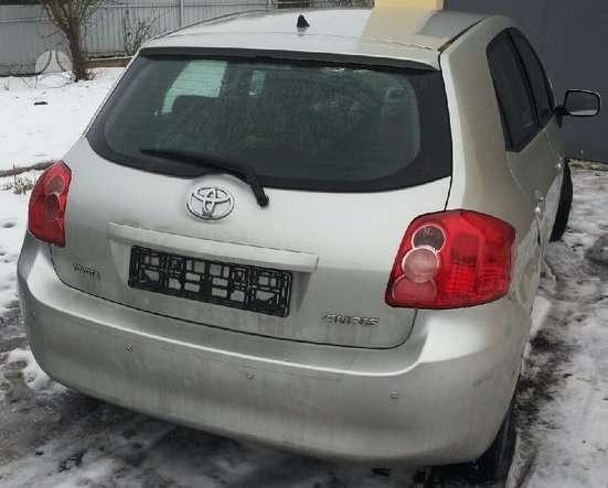 Toyota Auris dalimis. Europa 74000km tikra rida automobilis