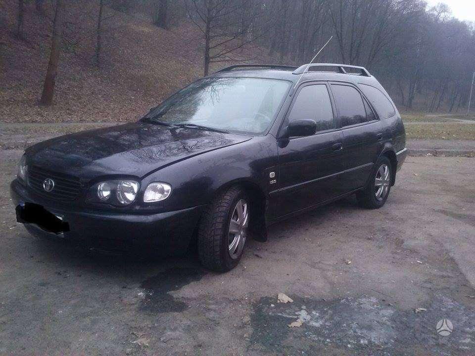 Toyota Corolla. Geros žieminės padangos r14,