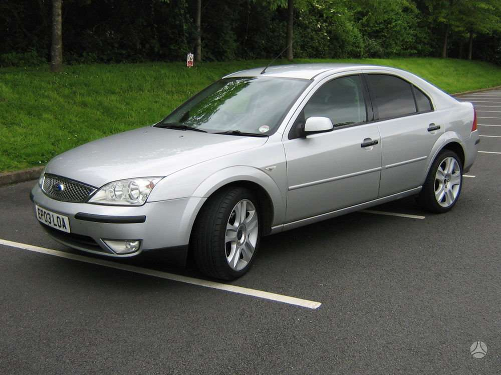 Ford Mondeo dalimis. Auto is uk mondeo 96,85kw tdci