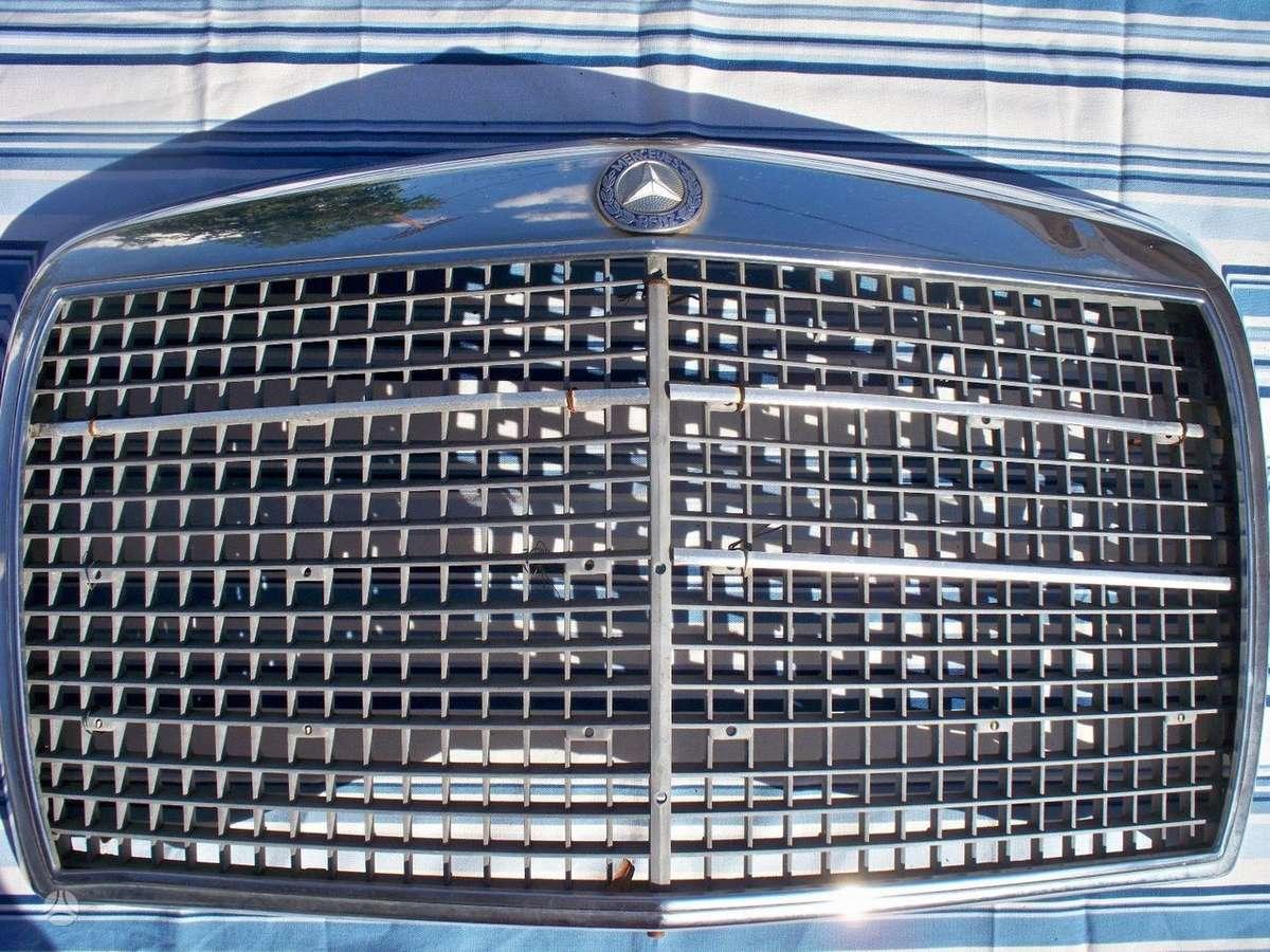 Mercedes-Benz 280. Mercedes 280se 200 300 series chrome grill