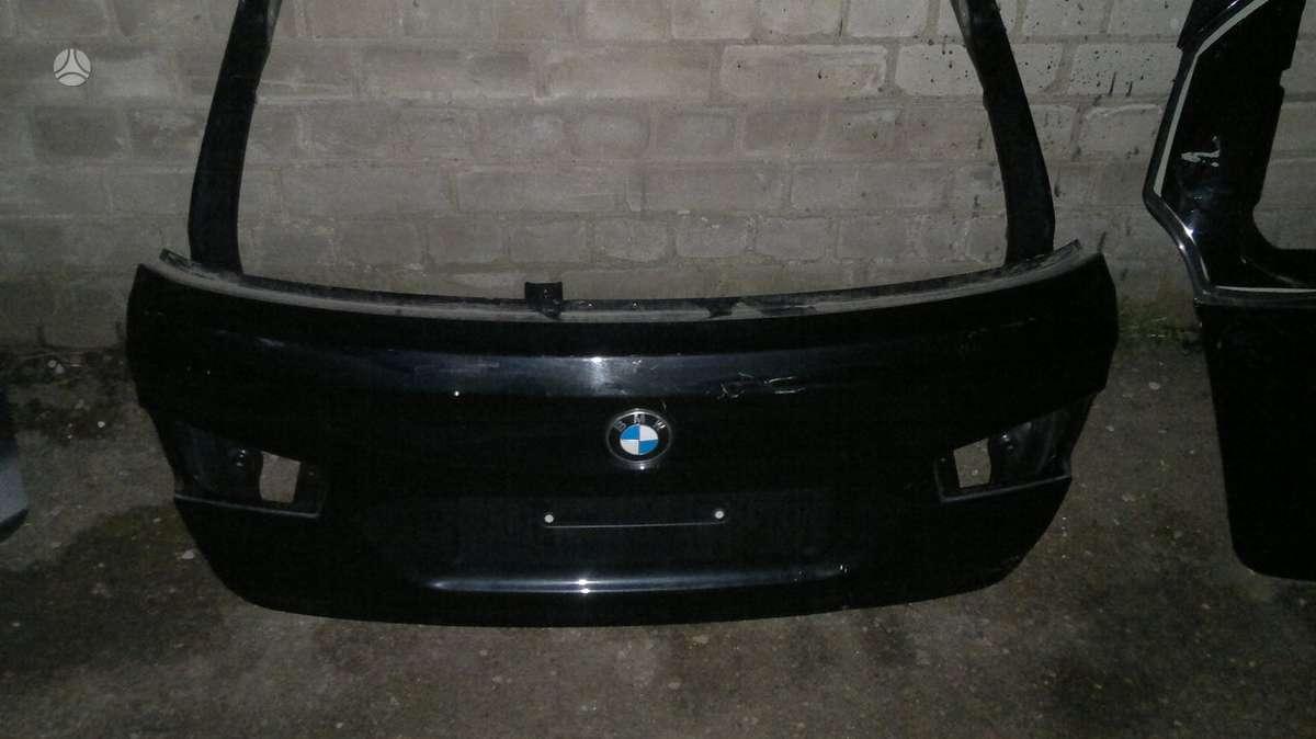 BMW X1 dangtis (priekinis, galinis)