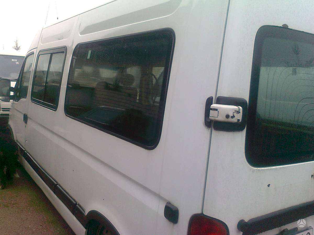 Renault Master, autobusai
